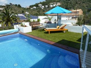 Modern villa with pool and seaviews in Rosas - Marsalforn vacation rentals