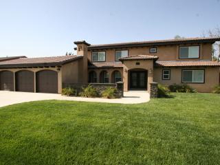 Brand New Estate 5 minutes to Disneyland - Anaheim vacation rentals