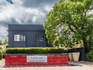 Life & Leisure Guesthouse - Somerset West vacation rentals