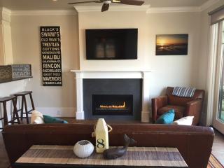 Beautiful New Modern 2 Bdrm - Steps To The Beach! - Newport Beach vacation rentals