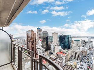 Great Views Serviced Apartment Hotel Acommodation in Auckland City - Auckland vacation rentals