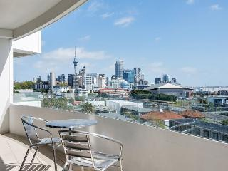 2 Bedroom Serviced Apartment Accommodation in Parnell, Mirage on Strand - Auckland vacation rentals