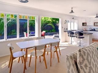 auckland/parnell-and-newmarket-and-mt-eden/rosedale-6 - Takanini vacation rentals