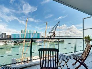 Spacious West Facing One Bedroom Waterfront on Princes Wharf, Auckland - Auckland vacation rentals