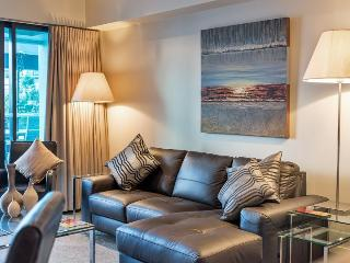 Two bedroom Luxury Auckland Apartment with Large Balcony Overlooking Marina Area of Viaduct Harbour - Auckland vacation rentals