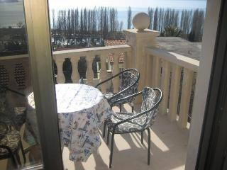 Beautiful apartment for 4 persons - Omis vacation rentals