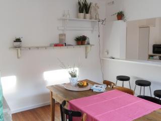 the HanjamInn - combo deal - Antwerp vacation rentals