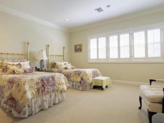 6BD LuxuryMansion - Illinois vacation rentals