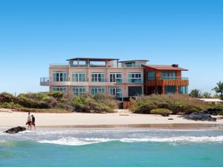 Stunningly Modern Galapagos Island Villa - Santa Cruz vacation rentals