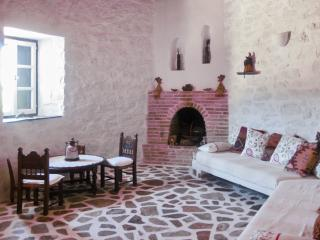 Enchanting island house in Chroussa, Syros, surrounded by orchards, w/ WiFi & private terrace - Ano Syros vacation rentals
