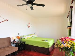 Beachfront Rental - Manta vacation rentals