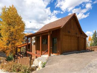 6 Bedroom chalet located in Historic Breckenridge 4 short blocks from Main - Breckenridge vacation rentals