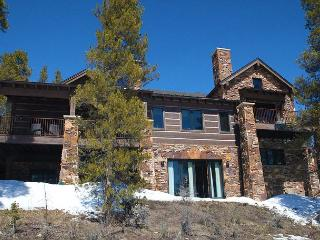 Luxurious 7 bedroom mountain lodge on 4 acres in the Swan Valley ! - Breckenridge vacation rentals