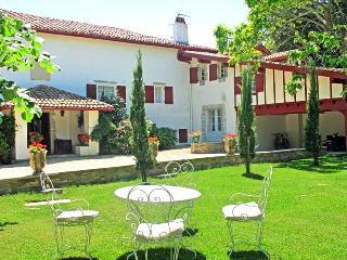 PROPRIETE DE CHARME ST JEAN DE LUZ - Saint-Jean-de-Luz vacation rentals