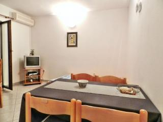 TH00527 Apartments Marko / One bedroom A1 - Drage vacation rentals