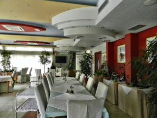 TH00529 Apartments and rooms Astoria / One bedroom A12 - Seget Vranjica vacation rentals