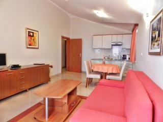 TH00529 Apartments and rooms Astoria / One bedroom A9 - Seget Vranjica vacation rentals