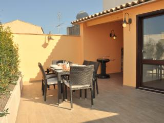 Wellness Home Galilei, jacuzzi, sauna, wi-fi. - Sicily vacation rentals