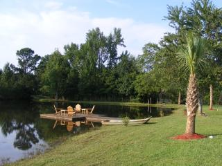 Family Friendly - Lake View House. - Monticello vacation rentals