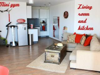 Seaview Stylish Spacious 120m2 in Sunny Varna - Varna vacation rentals