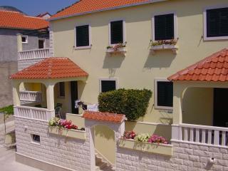 00201BOL Plavi(4) - Bol - Bol vacation rentals