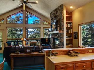 The Miller N. at Windcliff: Panoramic RMNP Views, Pool Table, Secluded, Wildlife - Estes Park vacation rentals