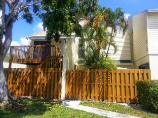 Signatures West Palm - West Palm Beach vacation rentals