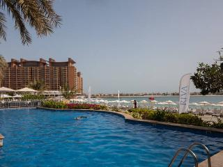3 bed at Palm with private beach and swimming pool - Dubai vacation rentals