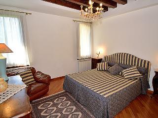 Ca' del Console Apartment - Veneto - Venice vacation rentals