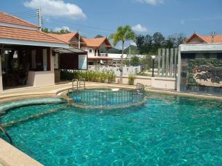 3 bedroom house with common pool - Krabi Province vacation rentals