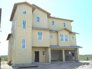 6 bedroom 5.5 bath newly constructed BEACHFRONT home! Private pool! Fire pit - Port Aransas vacation rentals