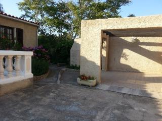 Maison avec jardin à proximité des plages - Ile Rousse vacation rentals