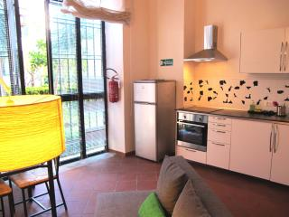 Beautiful and bright front of Metro - Lazio vacation rentals