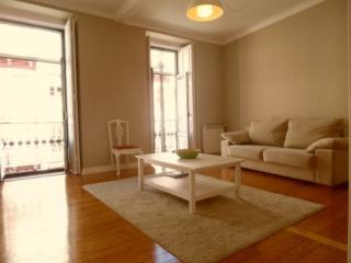 Apartment in Lisbon 265 - Príncipe Real - Costa de Lisboa vacation rentals