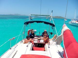Bateau en marina, 8 couchages, 50m  plage Caraïbes - Saint George's vacation rentals
