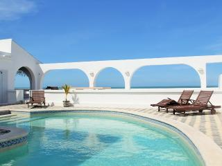 Los Arcos....Oceanfront Resort Villa with endless outdoor living. - Chuburna vacation rentals