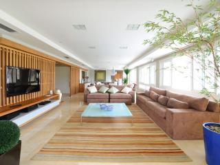 Marvelous 5 Suite Apartment in Jurerê Internacional - State of Santa Catarina vacation rentals