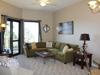 Beachfront Condo 2B/2B- SPECIAL AUG8-10th/$225 - Orange Beach vacation rentals