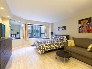 Lux Doorman, newly Furnished, Grand Central, U.N. - New York City vacation rentals