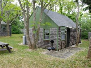 Charming cottage short walk to private bay beach! - Eastham vacation rentals