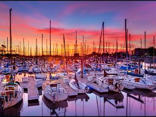 Gorgeous Marina del Rey apartment minutes to beach - Marina del Rey vacation rentals
