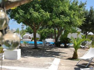 il trullo  lauascezz - Ostuni vacation rentals