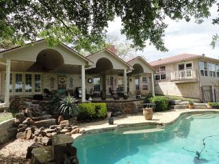 4400 Sq Ft 5/5 Retreat on a Park W/Pool, Huge Bar - Dallas vacation rentals