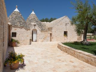 Relais Trullo in flower - Castellana Grotte vacation rentals