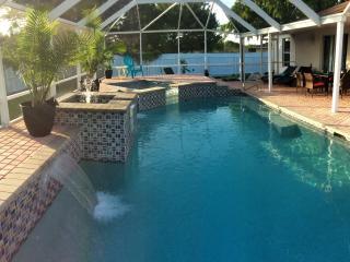 uiododoeowklfsuchuh - Cape Coral vacation rentals