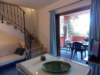 La Casa di Luca  Apartament close to the beach - San Teodoro vacation rentals