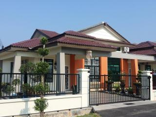 Wanchah Homestay ( For Muslim ) - Malaysia vacation rentals