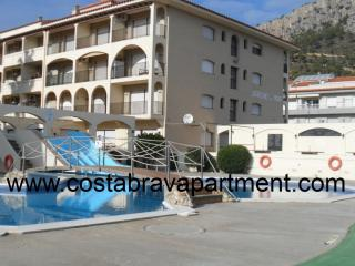 JARDINS DEL MAR 141 300m to beach. 2 pools - L'Estartit vacation rentals