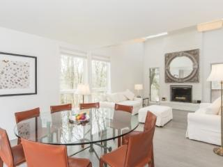 Southampton Home - 4 Bedrooms and a Pool - Southampton vacation rentals