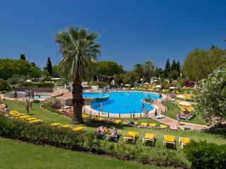 2 Bedroom Apartment in 4 Star Resort – Carvoeiro - REF. RB163244 - Carvoeiro vacation rentals